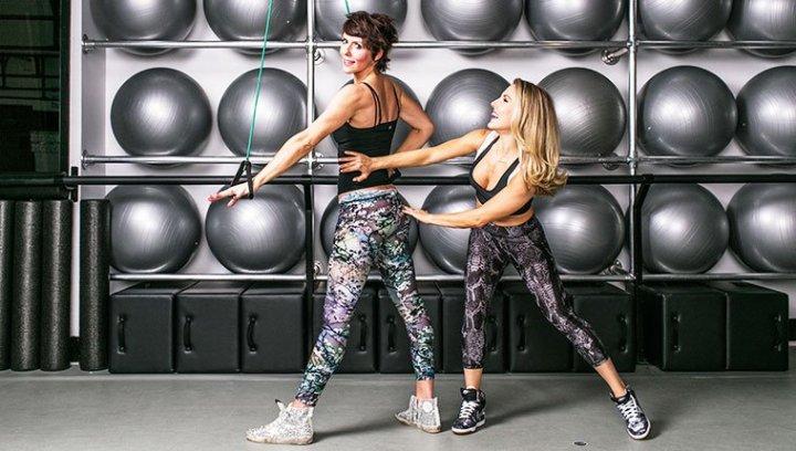 anna-kaiser-sarah-easley-workout-2-charlottesbook