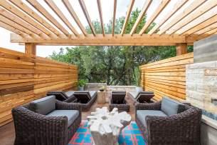 austin-spa-outside-seating-1440