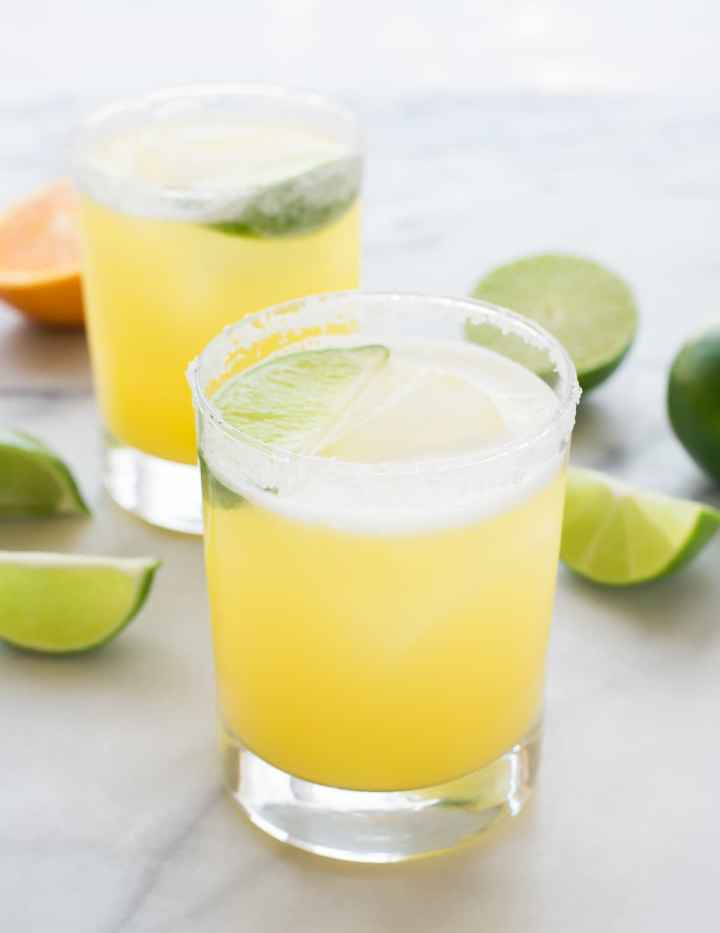 Skinny-Margarita-Recipe-with-Agave-and-fresh-lime-juice.jpg